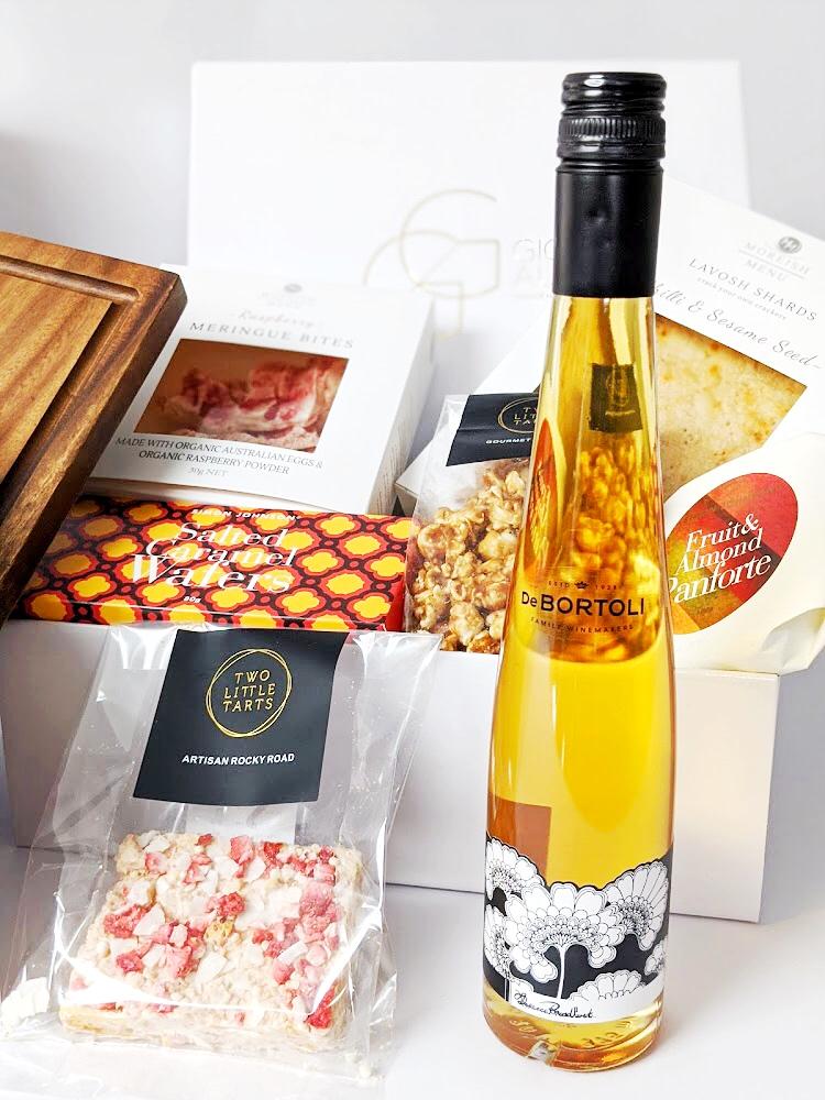 Limited Edition De Bortoli Florence Broadhurst sticky wine